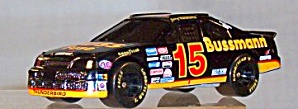 #15 Jerry Nadeau Buss Fuses 1:64th (Image1)