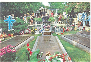 Graceland, TN Resting Place of Elvis Presley Postcard (Image1)