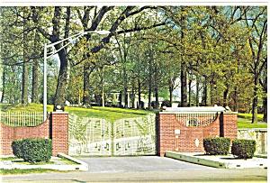 Graceland TN Elvis Presley Home Entrance Postcard n0444 (Image1)
