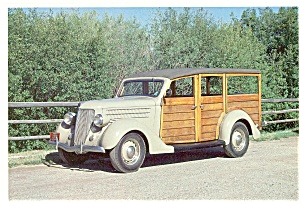 1936 Ford V-8 Woodie Station Wagon Postcard (Image1)