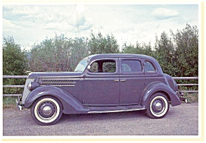1936 Ford V-8 Fordor Sedan Postcard (Image1)