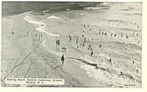 Bathing Beach  Dunkirk  New York Postcard n1101 (Image1)