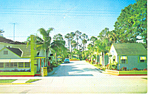 Deluxe Motel,Holly Hill, Florida Postcard 1962 (Image1)