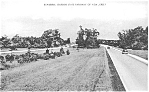 Beautiful Garden State Parkway  Postcard p0178 (Image1)