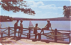 Len A Pe Vilage Resort PA Postcard p0586 (Image1)