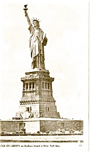 Statue of Liberty New York Harbor Real Photo Postcard p0663 (Image1)
