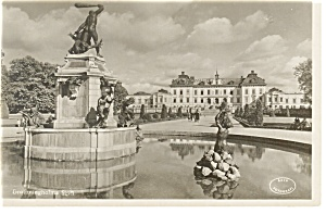 Sweden Postcard of Statue and Building (Image1)