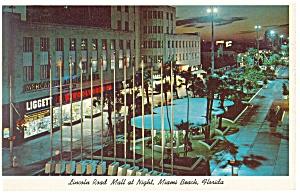 Miami Beach FL Lincoln Road Mall at night  Postcard p10798 1962 (Image1)