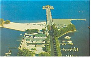 St Petersburg FL Municipal Pier Postcard p11449 (Image1)