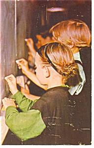 Amish School Children Postcard p12001 (Image1)