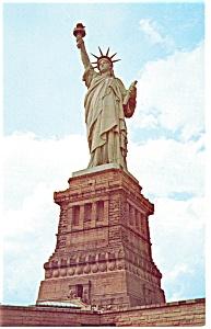 New York City NY Statue of Liberty Postcard p13416 (Image1)