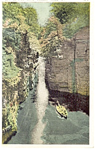 Ausable Chasm NY Boat Leaving Flume Postcard p13450 (Image1)
