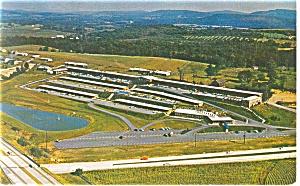 Gettysburg PA Holiday Inn West Postcard p14012 (Image1)