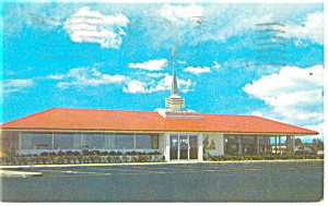 Howard Johnson s Restaurant Postcard p14024 1962 (Image1)