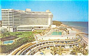 Miami Beach  FL Foutainbleau Hotel Postcard p14280 (Image1)