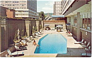 Montreal Quebec Martinique Motor Inn Postcard p14291 (Image1)