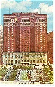 Pittsburgh PA  Penn Sheraton Hotel Postcard p14351 (Image1)