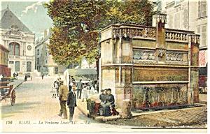Blois France La Fontaine Louis XII Postcard p14573 (Image1)