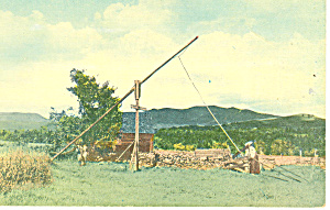 Spltting Wood, Scenic Postcard p15272 (Image1)