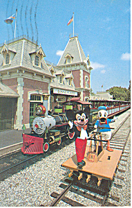 Train Station Disneyland CA  Postcard p16261 (Image1)