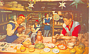 Gnomes Elves Santas Workshop  NY  Postcard p17198 (Image1)