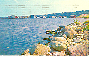 Long Pier Seneca Lake NY  Postcard p17218 1960 (Image1)