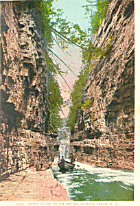 Grand Flume Ausable Chasm NY  Postcard p17329 (Image1)