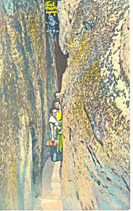 Fat Mans Squeeze Lookout Mountain TN Postcard p17965 (Image1)