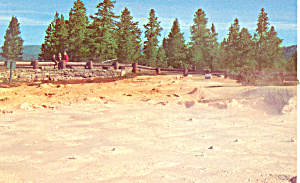 Paint Pots Yellowstone National Park WY Postcard p18443 (Image1)