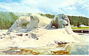 Grotto Geyser, Yellowstone National Park WY Postcard (Image1)