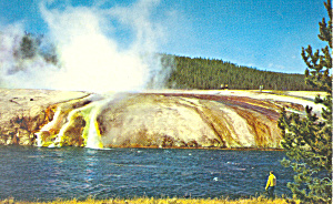Midway Geyser Yellowstone National Park WY Postcard p18458 (Image1)
