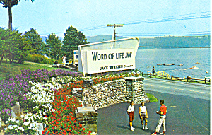 Entrance Word of Life Inn Schroon Lake NY Postcard p18591 (Image1)