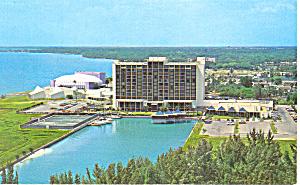 Sarasota Hyatt House Hotel Florida Postcard p18733 (Image1)
