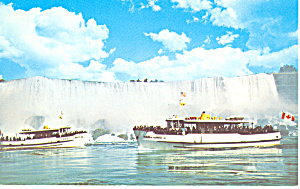 Maid of the Mists at American Falls p18865 (Image1)