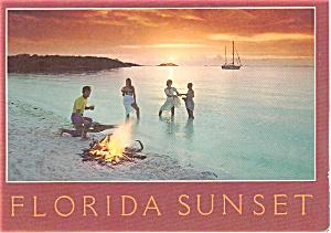 Florida Sunset on Beach Scenic  Postcard p1904 (Image1)