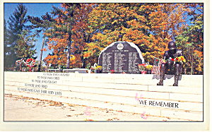Berks County Vietnam Memorial Reading PA Postcard p19188 (Image1)