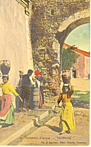 Portatrici d acqua Taormina Italy Postcard p19340 (Image1)