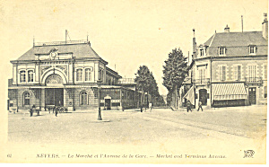 Market and Terminus Avenue,Nevers France (Image1)