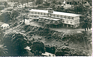 Real Photo Of Motel Building Postcard P21305