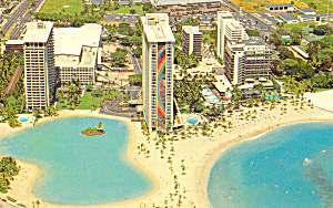 Hilton Hawaiian Village Postcard p22187 (Image1)