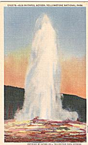 Old Faithful Geyser,Yellowstone National Park (Image1)