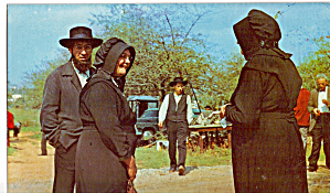 Amish Folks Chatting at a Public Sale (Image1)