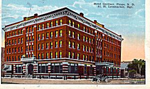 Hotel Gardner Fargo North Dakota Postcard p26562 (Image1)