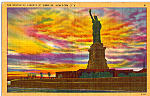Statue Of Liberty at Sunrise  New York Harbor p26782 (Image1)