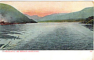 Approaching The Hudson Highlands NY p27321 (Image1)