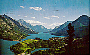 Prince Of Wales Hotel And Waterton Village