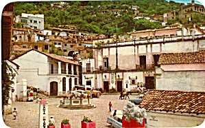 Colonial Fountain And Square In Taxco Mexico P28192