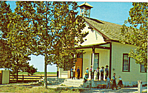 Amish One Room Schoolhouse Postcard p28726 (Image1)