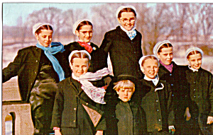 Amish Girls In Winter Dress Postcard P28732