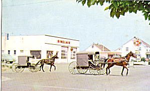 Amish Buggies in Front of Old Time Sinclair Gas Station p28735 (Image1)